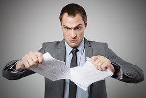 О признании недействительным договора дарения, признании права собственности на долю квартиры и вклада, взыскании денежных средств