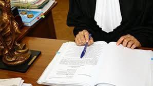 О расторжении договора на оказание услуг, возврате уплаченной по договору денежной суммы, взыскании неустойки, компенсации морального вреда